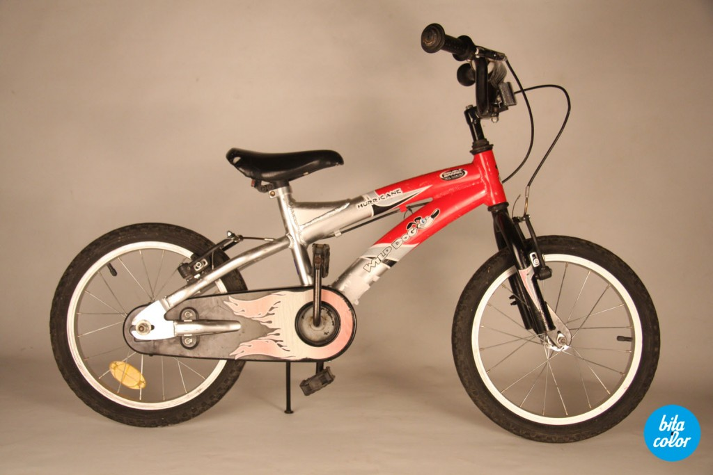 Bicicleta_de_copii_ personalizat_cyan_patratele_bitacolor_1