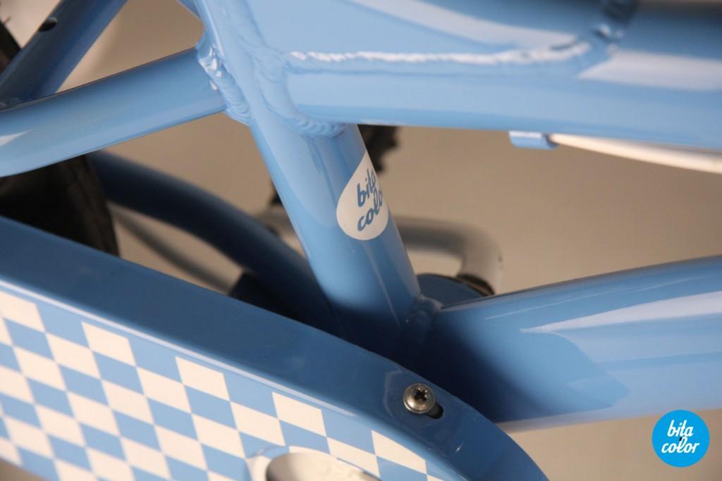 Bicicleta_de_copii_ personalizat_cyan_patratele_bitacolor_9