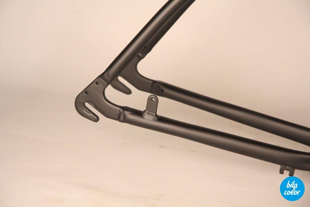 Bicicleta_cruiser_negru_mat_bitacolor_2