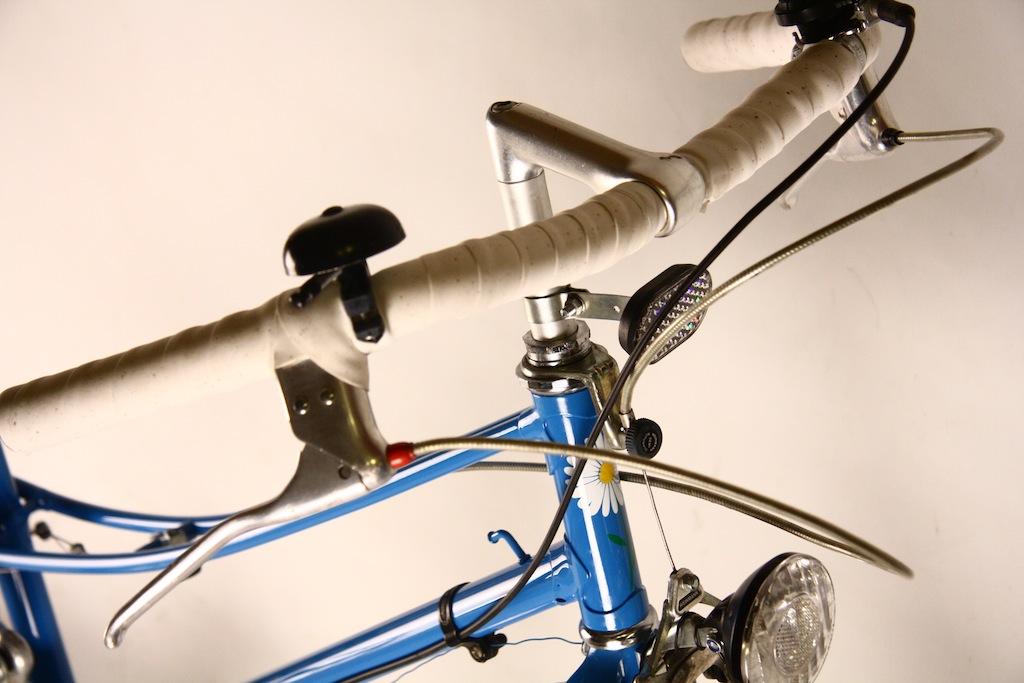 Bicicicleta_de_dama_germania_vopsita_albastru_personalizare_bitacolor11