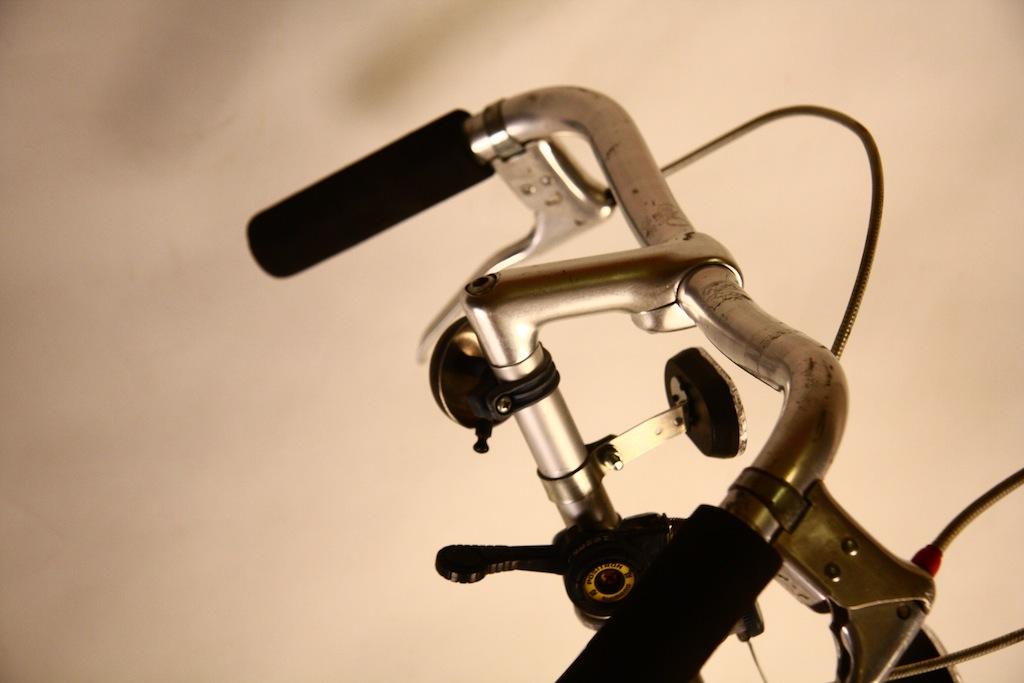 Bicicicleta_de_dama_germania_vopsita_albastru_personalizare_bitacolor5