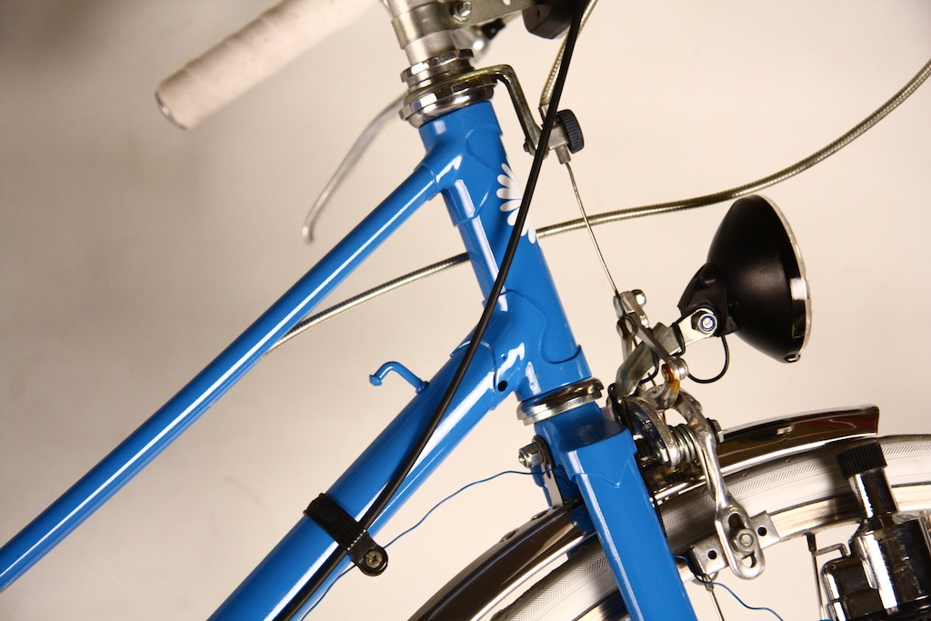 Bicicicleta_de_dama_germania_vopsita_albastru_personalizare_bitacolor9
