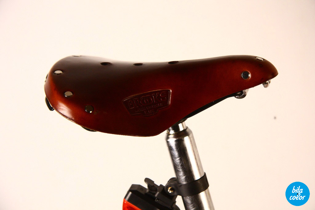 Brompton_red_paint_10
