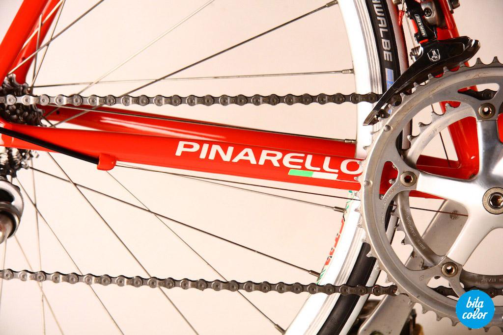 Pinarello_Paris_redpaint_Campagnolo_Veloce3