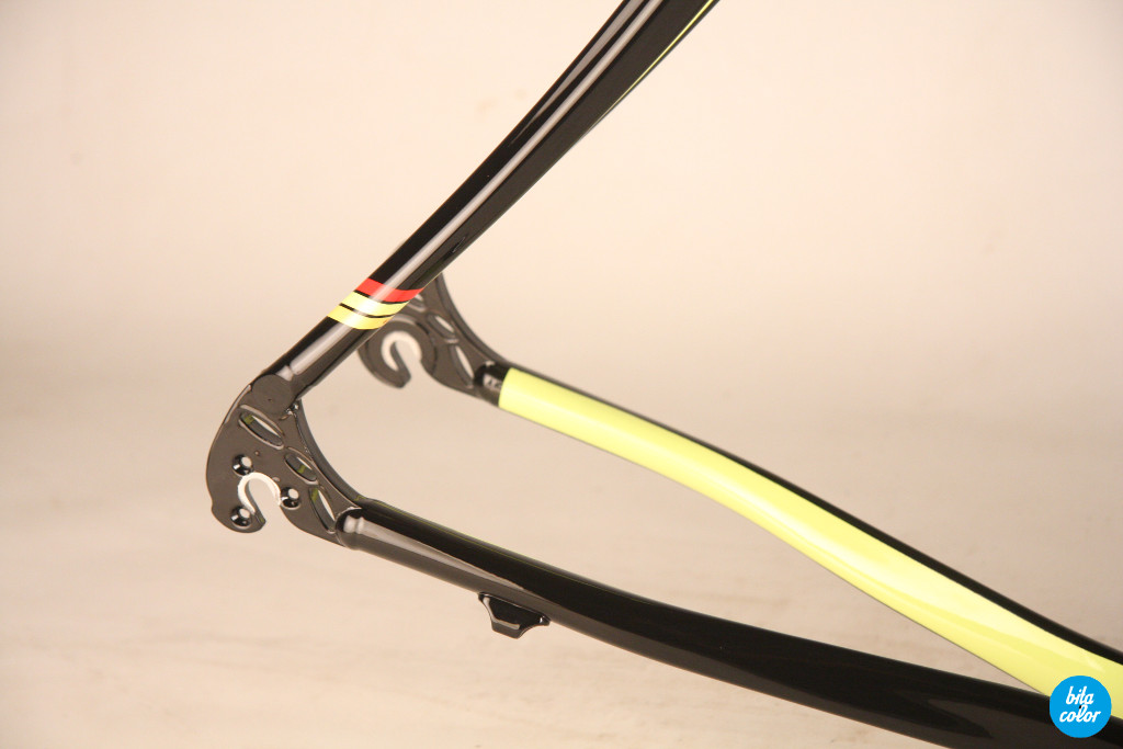 Cinelli_carbon_refinish_design_Bitacolor_5